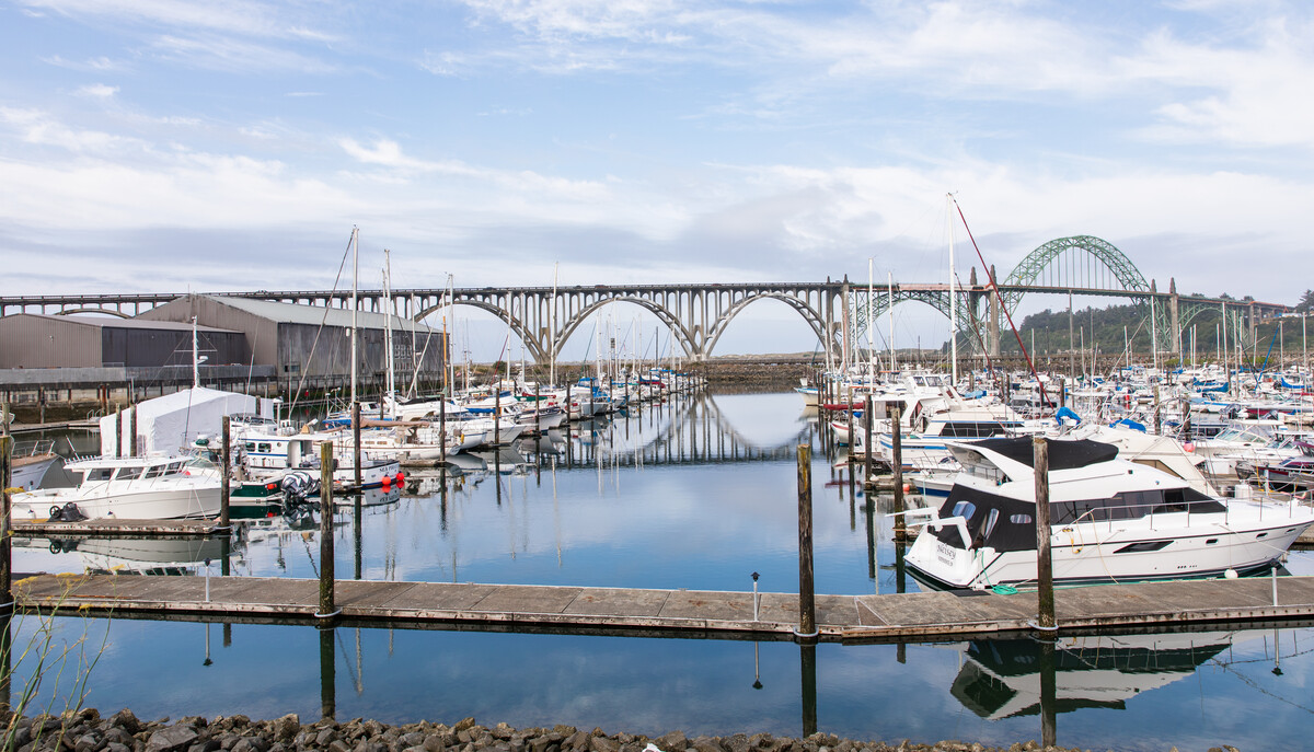 yaquina_bridge_view_from_hos-5