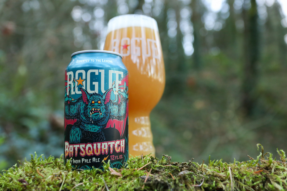 Batsquatch, a juicy, hazy IPA, features bold tropical aromas and stonefruit and tangerine flavors.